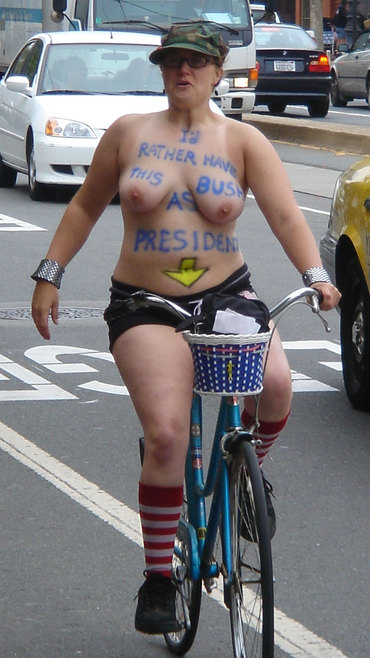 Nude Bikers For the Environment - Yay! San Francisco Ride